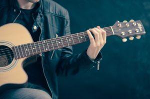 楽器を弾けば脳も心も元気になる!